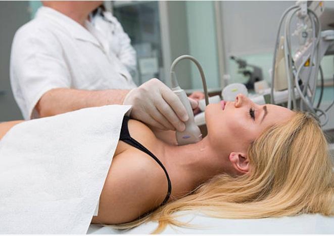 Ultrasound thyroid neck scan